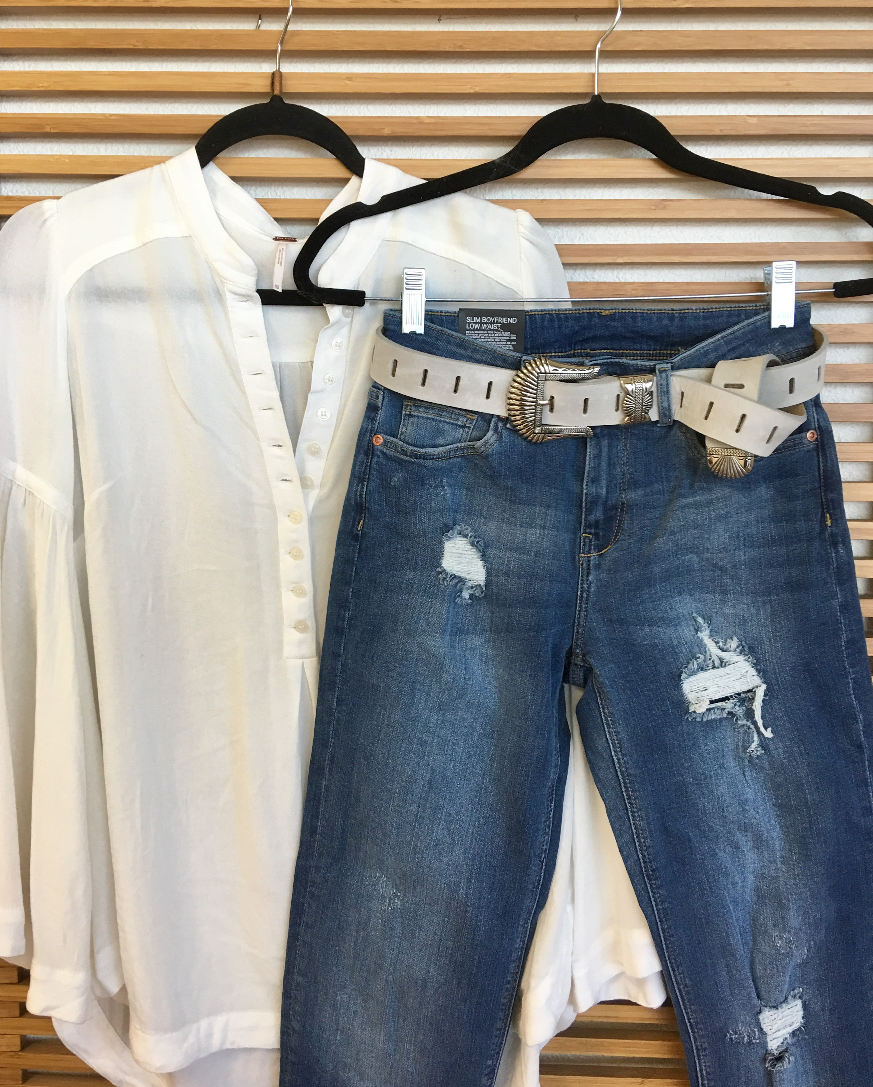 White shirt | Jeans | Belted outfit | ADA belt | ADA Blog | Genuine leather