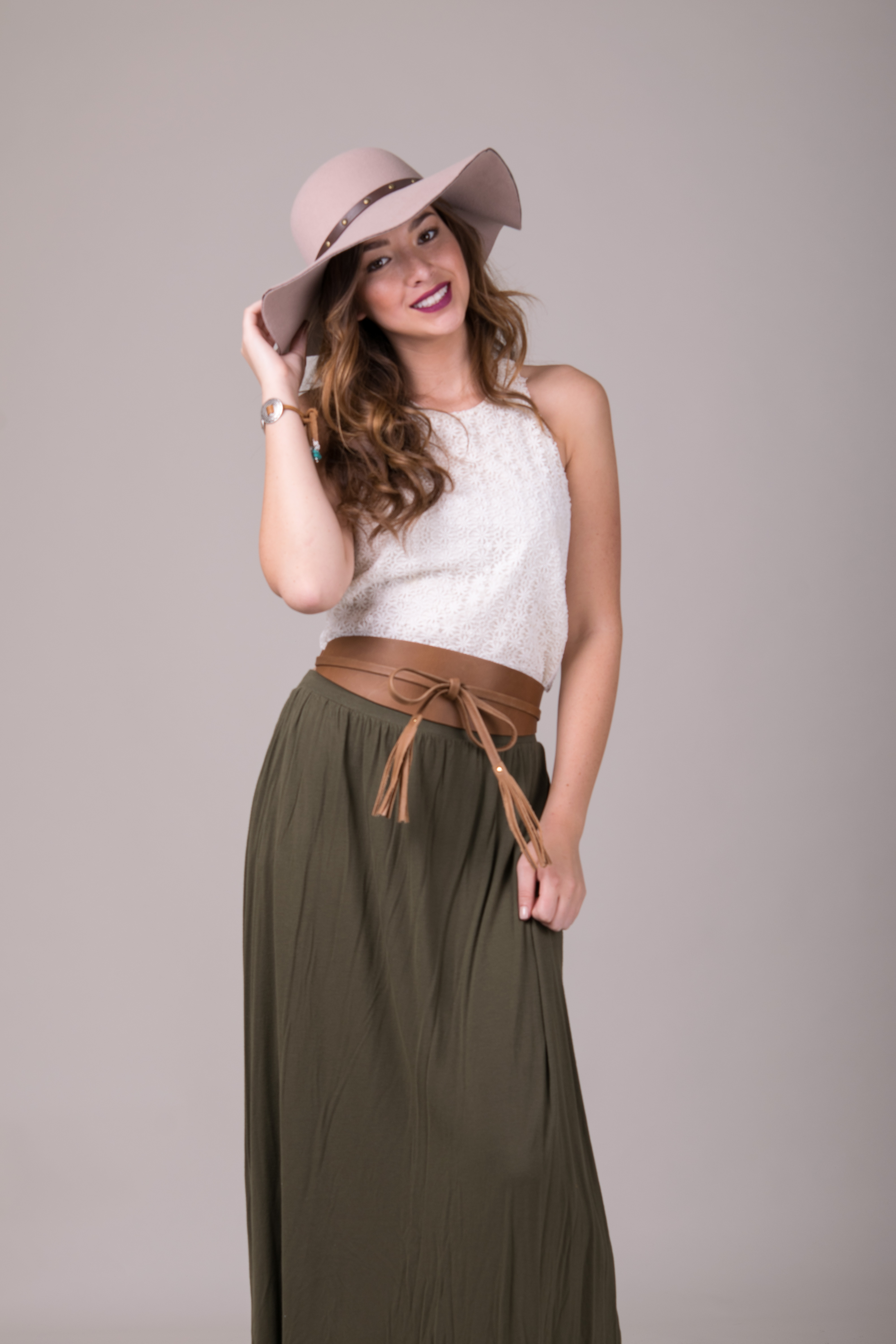 Floppy Hat + ADA Belt | 5 'Must-Try' Fall Styling Combos | pink hat | Green skirt | ADA Blog